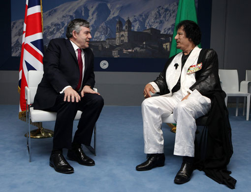 Gordon-Brown-and-Gaddafi-004